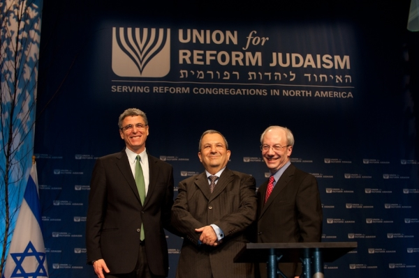 Rabbis Jacobs (l), Yoffie (r) and Ehud Barak